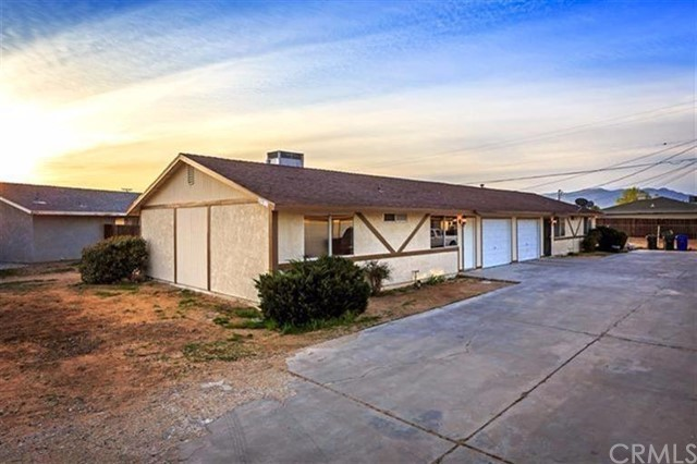 20953 Sioux Road, Apple Valley, CA 92308