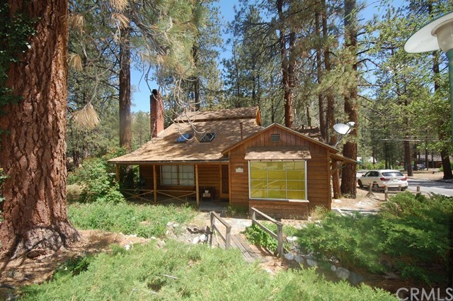 1470 Laura Street, Wrightwood, CA 92397