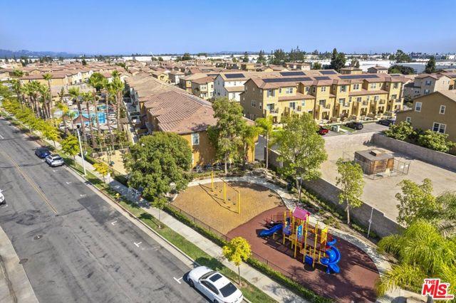 Outdoor Fitne Gym + Playground