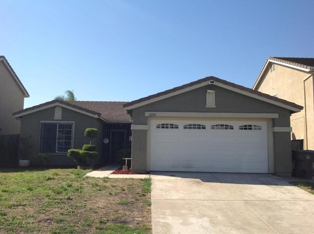 1128 Royal Blue Drive, Stockton, CA 95206