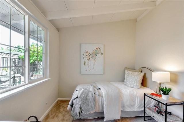 36. 727 Lakebird Drive Sunnyvale, CA 94089
