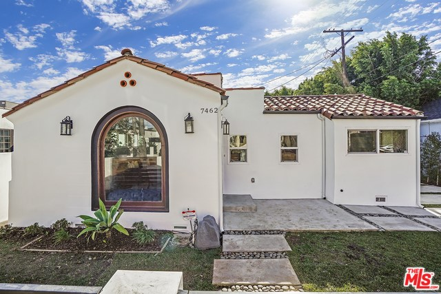 7462 CLINTON Street, Los Angeles, CA 90036