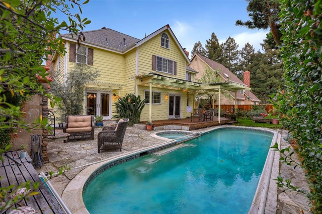 776 Glenborough Drive, Mountain View, CA 94041