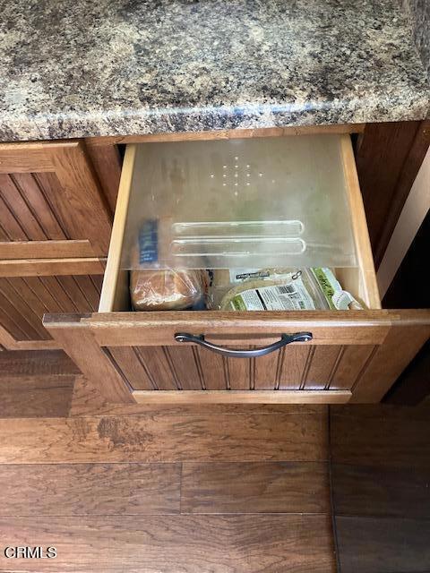 amherst kitchen bread drawer