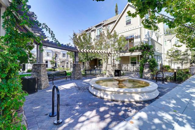 8 Artisan Way, Menlo Park, CA 94025