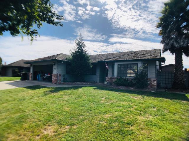1194 Loyola Drive, Salinas, CA 93901