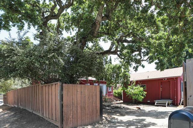 2105 Monterey Avenue, Menlo Park, CA 94025
