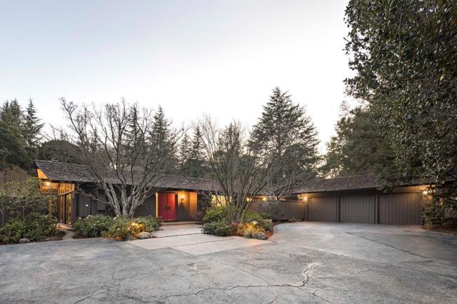 2945 Alexis Drive, Palo Alto, CA 94304