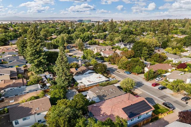 43. 743 15th Avenue Menlo Park, CA 94025