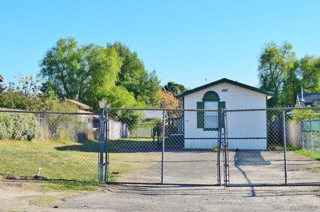 Image 3 of 426 D St, Ramona, CA 92065