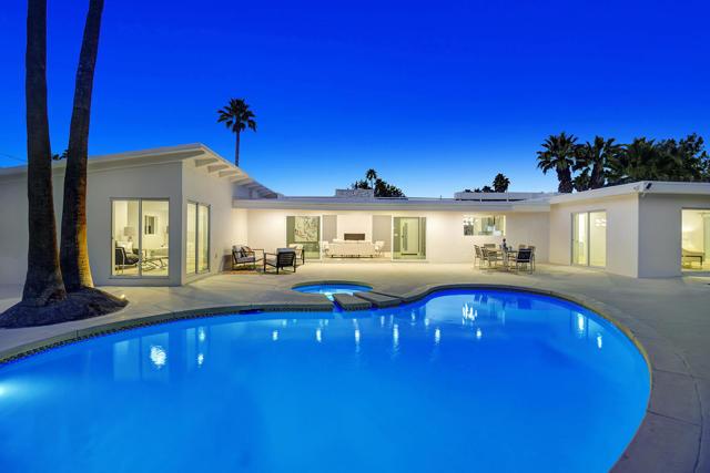 1055 Paseo El Mirador, Palm Springs, CA 92262