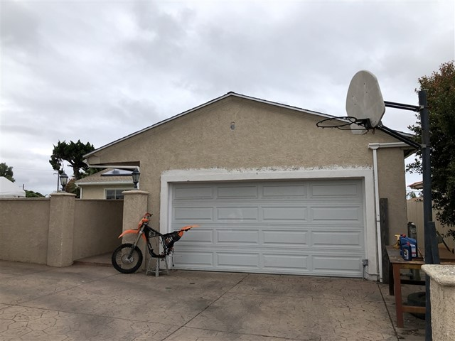 198 Corte Helena Ave, Chula Vista, CA 91910