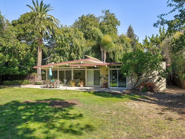 3311 Thomas Drive, Palo Alto, CA 94303