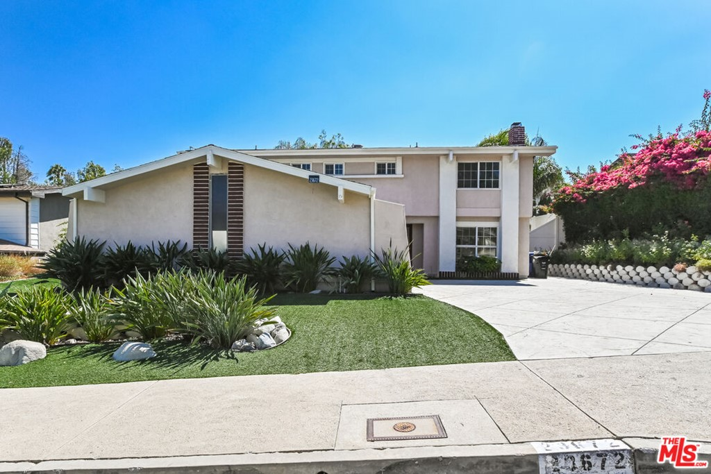 23672     Candlewood Way, West Hills CA 91307