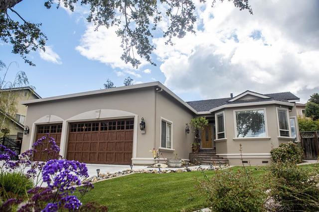 722 Oak Canyon Court, Hollister, CA 95023