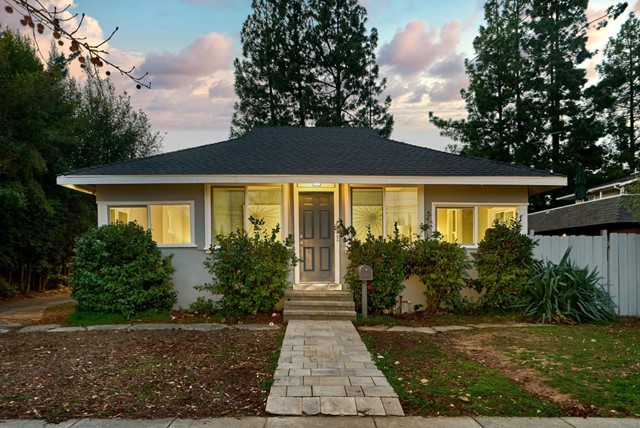 Photo of 441 University Avenue, Los Gatos, CA 95032
