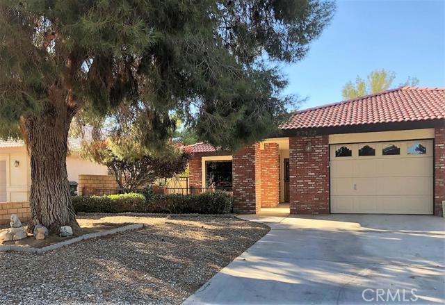 27472 Cloverleaf Drive, Helendale, CA 92342