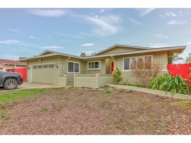 416 Comanche Way, Salinas, CA 93906