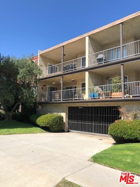 Photo of 738 Main Street #201, El Segundo, CA 90245