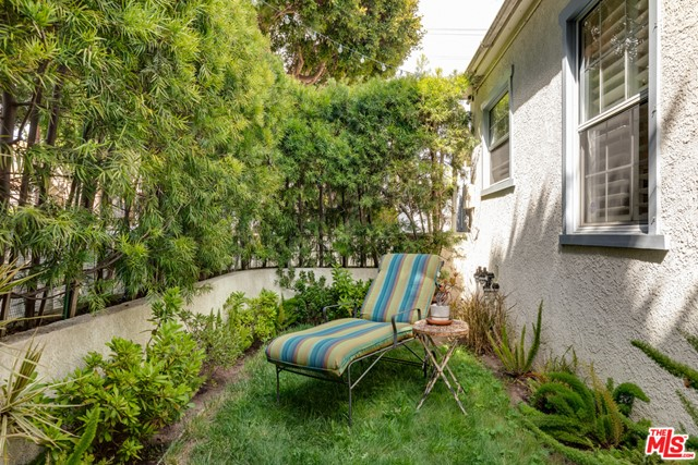 2134 Oak St, Santa Monica, CA 90405 Photo 10