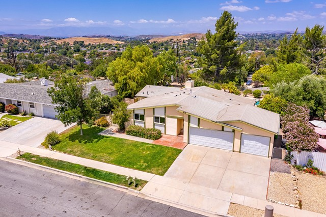 221 Dryden Street, Thousand Oaks, California 91360, 4 Bedrooms Bedrooms, ,2 BathroomsBathrooms,For Sale,Dryden,220006813