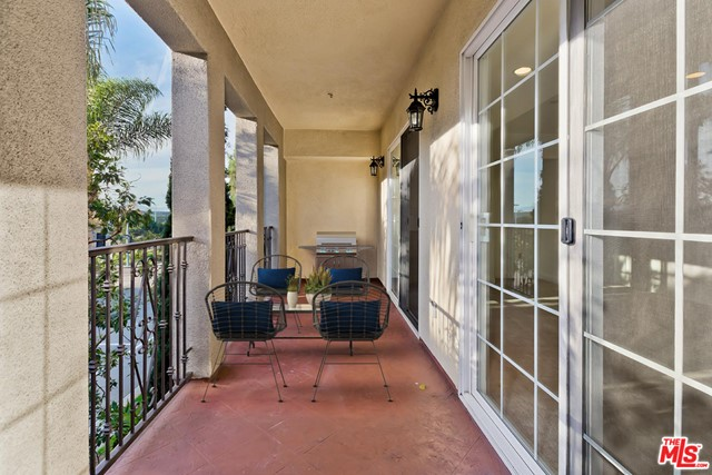 12975 Agustin Pl, Playa Vista, CA 90094 Photo 8