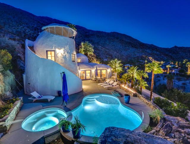 400 W Camino Alturas, Palm Springs, CA 92264