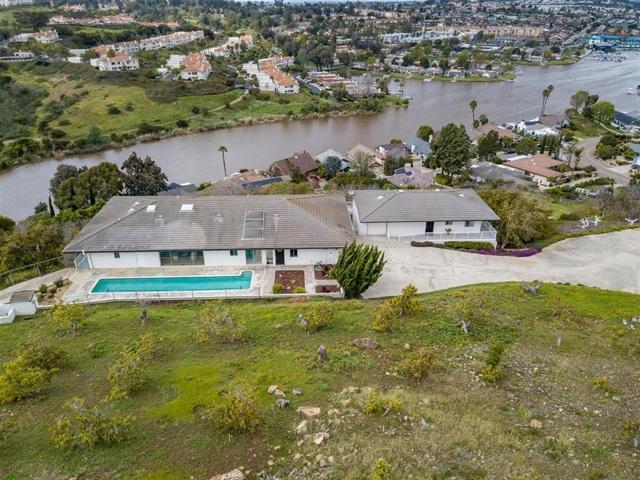 1460 La Plaza Dr, San Marcos, CA 92078