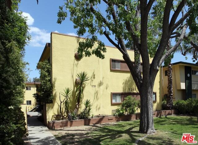 7248 VASSAR Avenue, Canoga Park, CA 91303