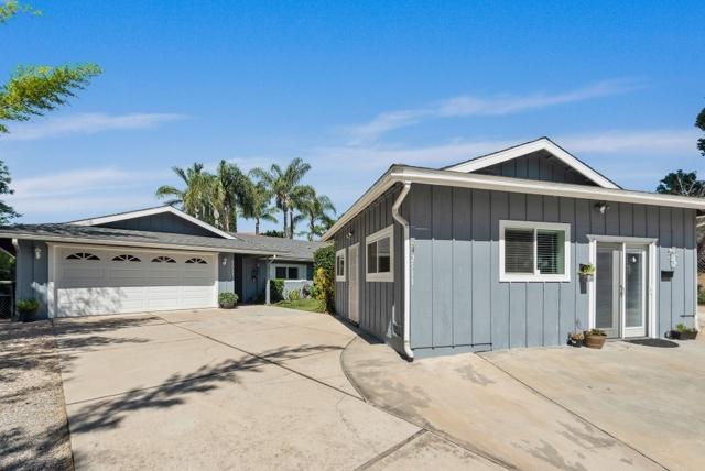 2511 Hibiscus Ave., Vista, CA 92081