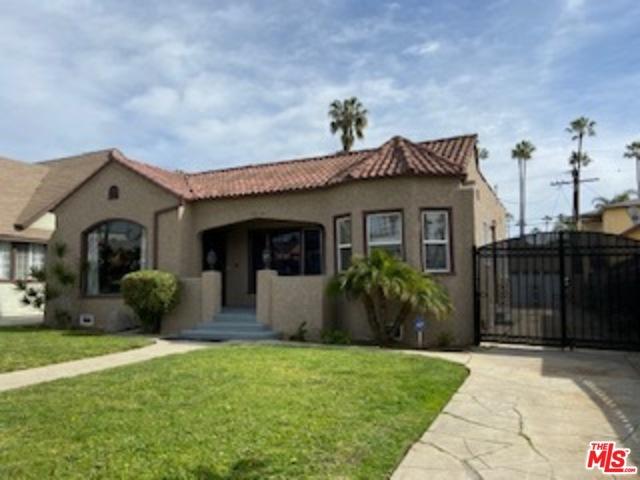 5616 S RIMPAU, Los Angeles, CA 90043