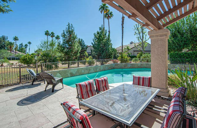 10102 Lakeview Dr, Rancho Mirage, CA 92270