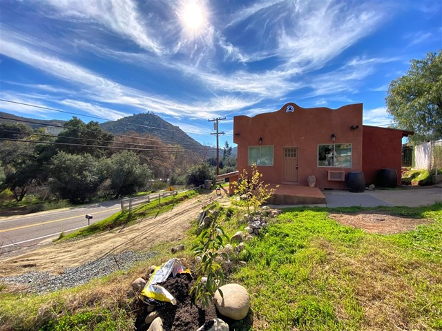 431 Harbison Canyon Rd., El Cajon, CA 92019