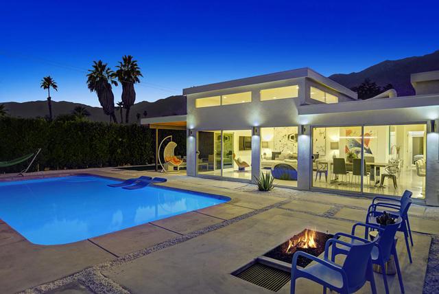 1053 E San Lucas Road, Palm Springs, CA 92264
