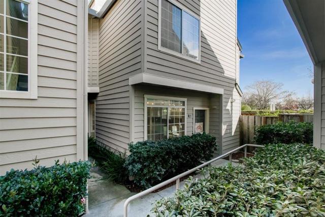 935 Old County Road, Belmont, California 94002, 2 Bedrooms Bedrooms, ,2 BathroomsBathrooms,Condominium,For Sale,Old County,ML81826386