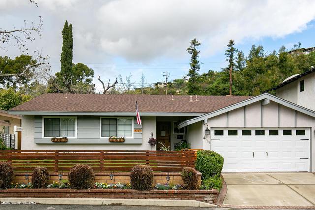 4117 Walton Oaks Ln, Montrose, CA 91020 Photo 2