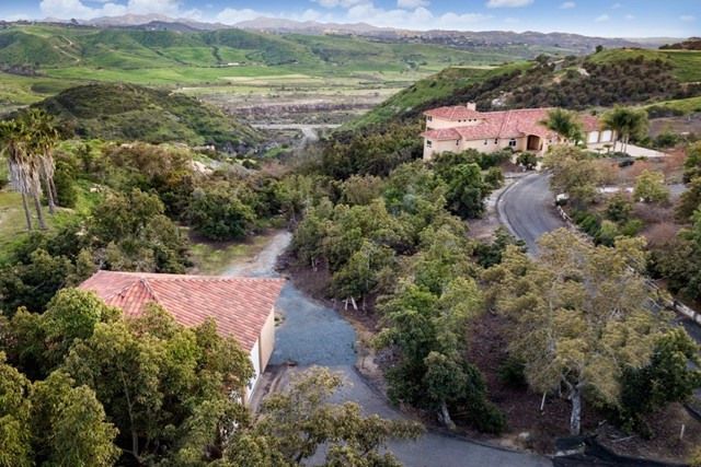 3652 Monserate Hill Ct., Fallbrook, CA 92028