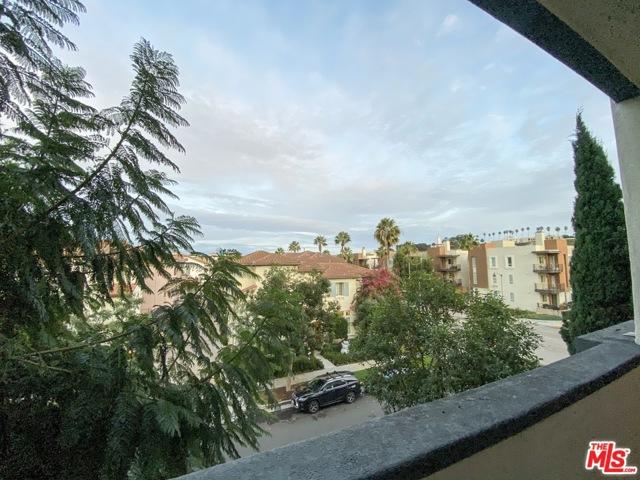 12963 Runway Rd, Playa Vista, CA 90094 Photo 10