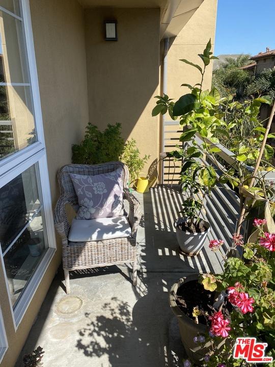 5831 Seawalk Drive, Playa Vista, CA 90049 Photo 9