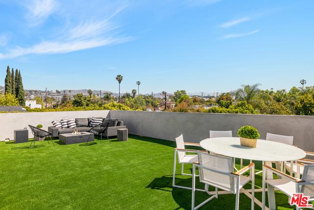 46. 716 N Fuller Avenue Los Angeles, CA 90046