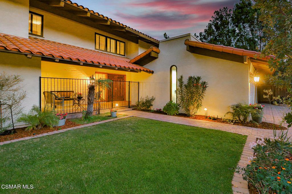 1658     Bucksglen Court, Westlake Village CA 91361