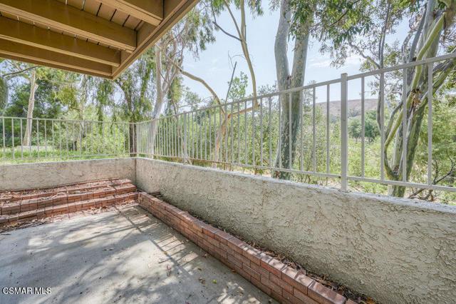 16. 6450 Winona Court Oak Park, CA 91377