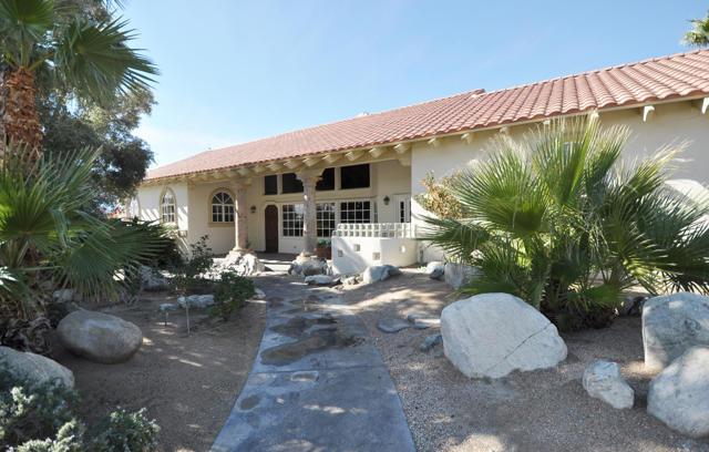 8471 Clubhouse Blvd, Desert Hot Springs, CA 92240
