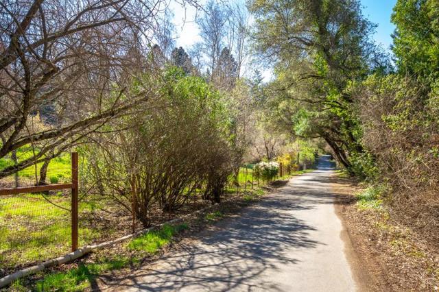 3 Robles Drive, Santa Cruz, CA 95060