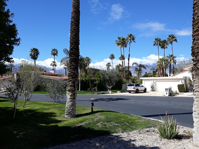 28. 28 Lincoln Place Rancho Mirage, CA 92270