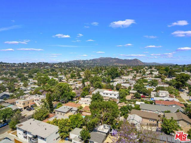 27. 3148 Atwater Avenue Los Angeles, CA 90039