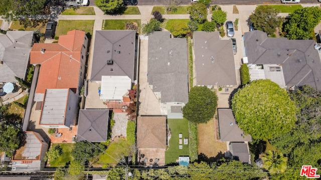 42. 8104 Gonzaga Avenue Los Angeles, CA 90045