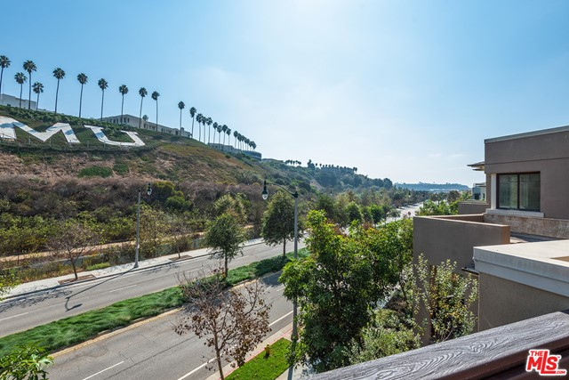 12856 S Seaglass Cr, Playa Vista, CA 90094 Photo 24