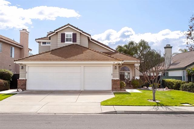 241 Muirfield Way, San Marcos, CA 92069