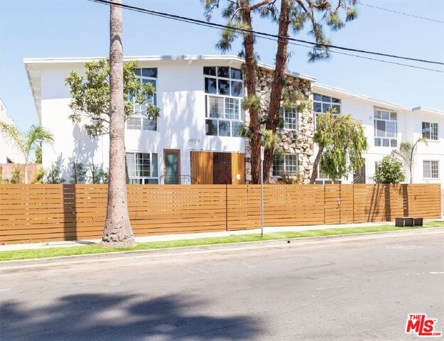 4959 ROMAINE Street, Los Angeles, CA 90029